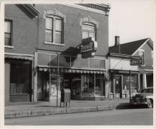 24th and Central Location Dubuque, Iowa - 1944