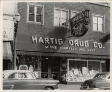 Hartig Drug Self Serve Store - 736 Main St. - 1941
