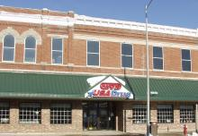 Waukon, Iowa Hartig Drug location photograph